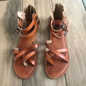 American Eagle Outfitters Shoes - American Eagle strappy gladiator sandals 8